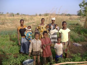 A farm family near Kongo